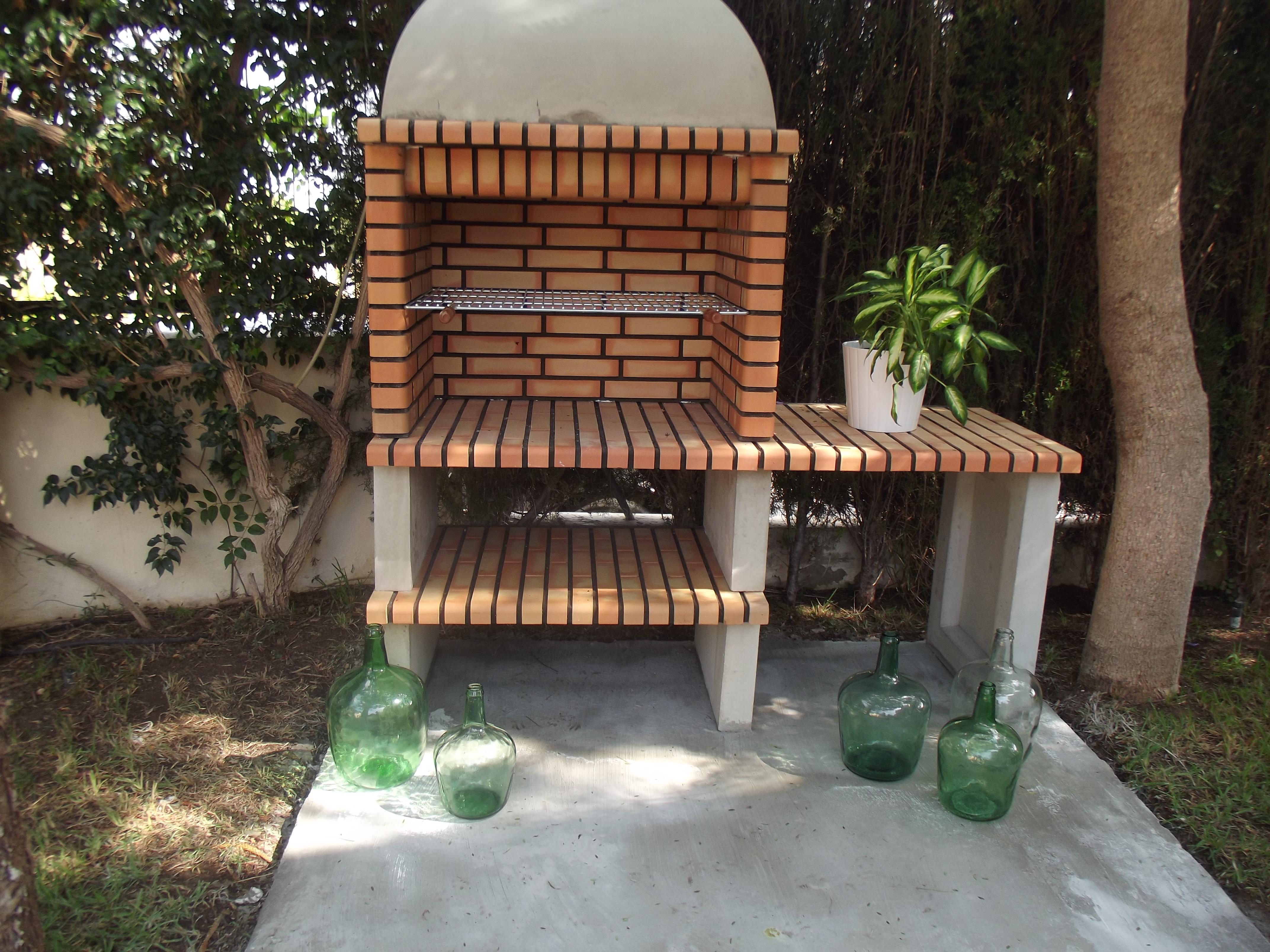 Solera para barbacoa aires renovados for Barbacoas de jardin